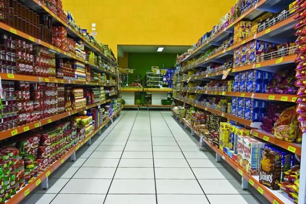 Profeco procede contra Bodega Aurrera y Walmart por alzar precios