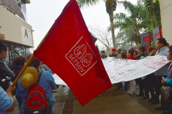 Pide Setsuv aumento del 20%; protestan en Veracruz