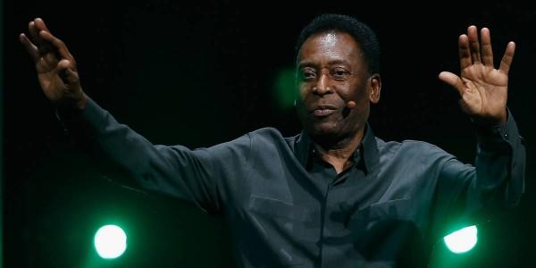 Hospitalizan a Pelé tras evento con Mbappé