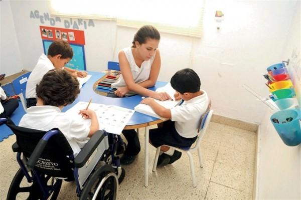 Aumenta en Tuxpan educación a menores con discapacidad