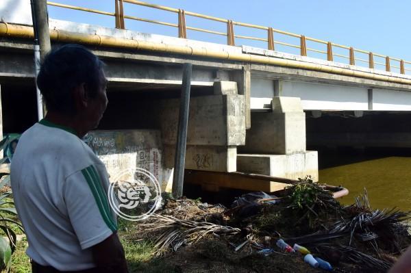 Hallan cuerpo sin vida bajo un puente de Coatzacoalcos