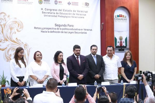 Garantizados, derechos del magisterio con Cuitláhuac García: SEV