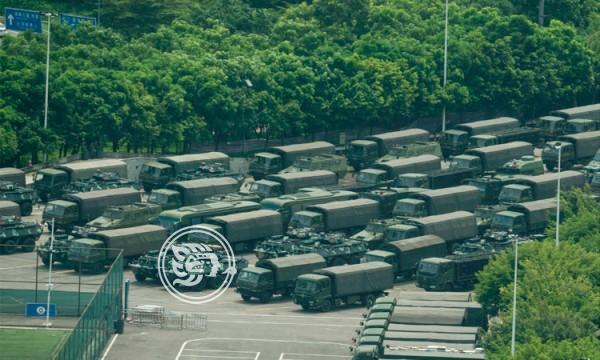 China concentra fuerzas cerca de Hong Kong; Trump se involucra