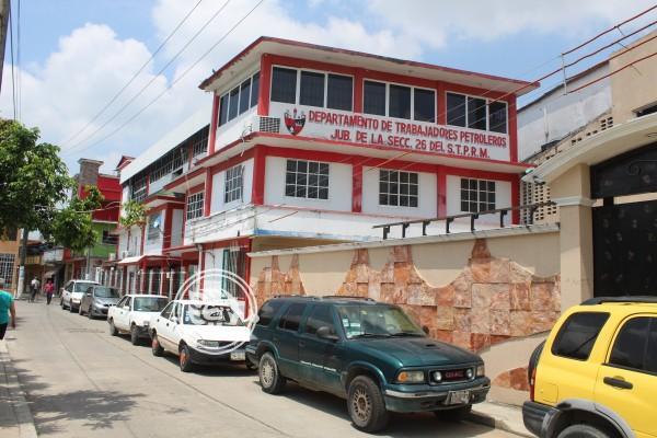 Jubilados acusan corrupción en sindicato petrolero de Las Choapas