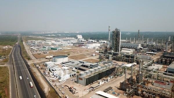 Necesario, abasto de gas natural y rehabilitar refinerías en Veracruz