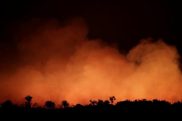 Selva amazónica arde a velocidad récord