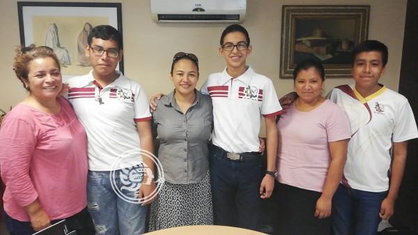 Tres jóvenes representarán a Coatzacoalcos en Concurso de Matemáticas