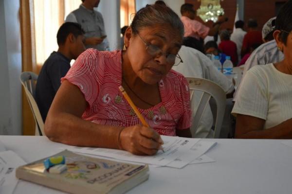 En Tuxpan, advierte IVEA por certificados apócrifos