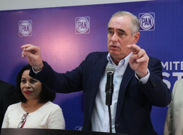 Apoya Julen Rementería a Guzmán Avilés para dirigencia estatal del PAN