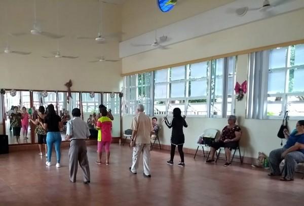 Imparten 18 talleres en el INAPAM de Coatzacoalcos