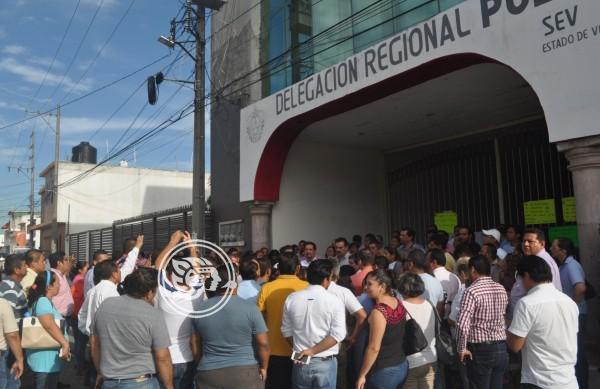 Maestros del SNTE mantienen protestas en Poza Rica