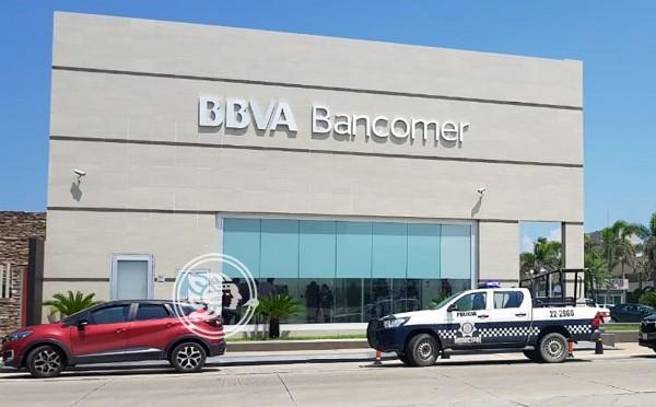 Capturan a dos, minutos después de asaltar banco en Coatzacoalcos