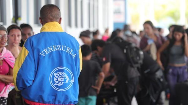 México y Uruguay ratifican postura a favor del diálogo en Venezuela