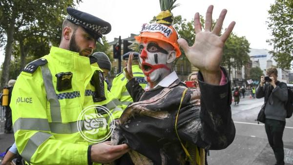 Cerca de 200 detenidos en Europa por la rebelión internacional de crisis climática