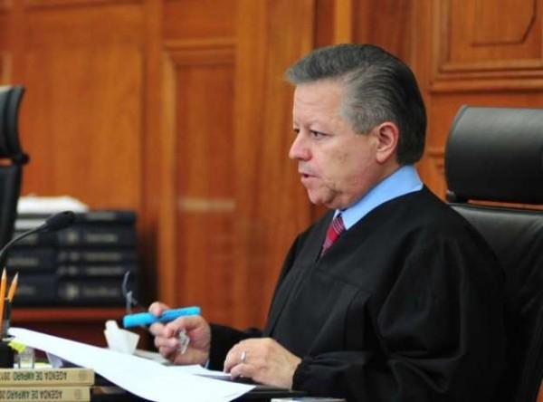 Calderón me amenazó y presionó para sentencia de casos: Zaldívar