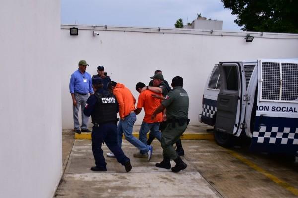 Salen libres policías de Naolinco; gobierno de Yunes fabricó pruebas