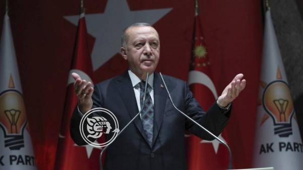 Erdogan amenaza a Europa con abrir el paso a 3,6 millones de refugiados si critica su ataque a Siria