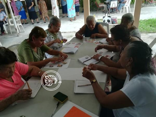 Buscan eliminar rezago educativo en Moloacán