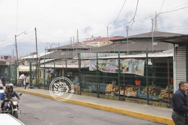 Reportan locatarios bajas ventas en mercados de Orizaba