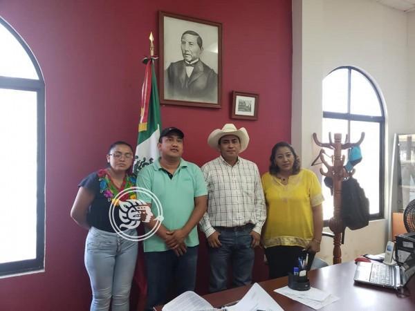 Establece Fredy Ayala alianza con alcaldes de FUCO