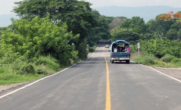 Obras carreteras reactivan economía de Poza Rica: CMIC