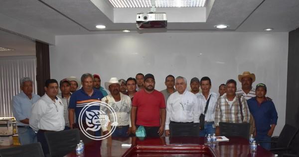Más de 400 kilómetros de caminos rehabilitados en Minatitlán