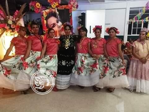 Teté Ruiz deja la mayordomía de la Vela Muxe en Agua Dulce
