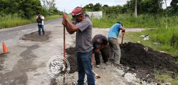 Inician la rehabilitación de la carretera Agua Dulce-El Burro