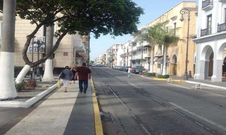 Volver peatonal Independencia reactivaría comercio en Veracruz