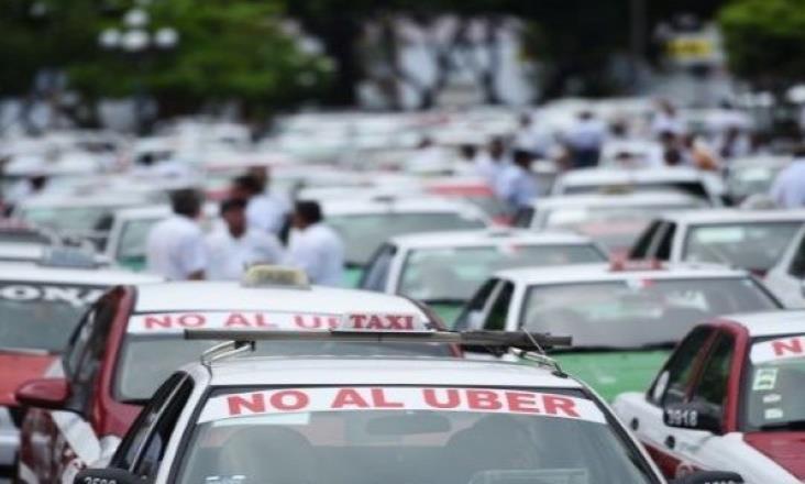 Para evitar violencia, exigen frenar 'invasión' de apps de taxis en Veracruz