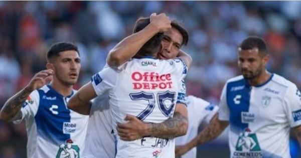 Pachuca golea 9-2 a Veracruz en México