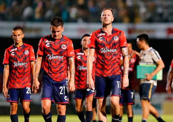 Por sanción de FIFA, quitan puntos a Tiburones de Veracruz en Liga MX