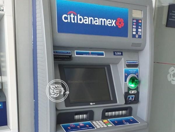 Jubilado gana juicio a Banamex por tarjeta clonada