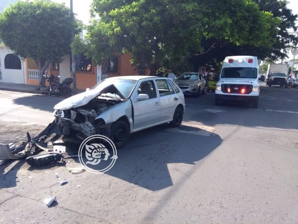 Aparatoso accidente de tránsito en avenida Constituyentes