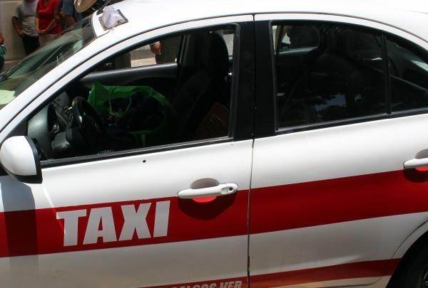 Fallece fardera atacada a balazos junto a taxista en Coatzacoalcos