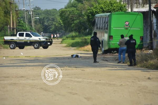 Ejecutan a chatarrero frente a retén de SSP en Coatzacoalcos