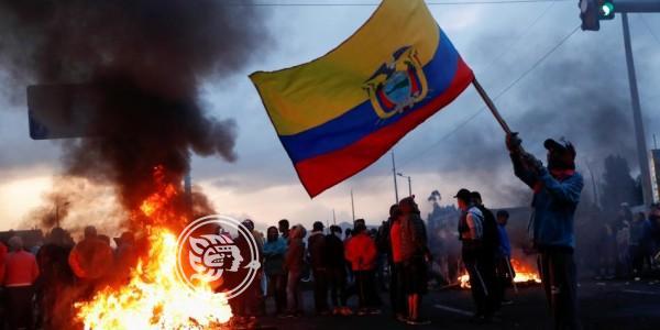 Manifestaciones en Ecuador avanzan con un muerto y 477 detenidos