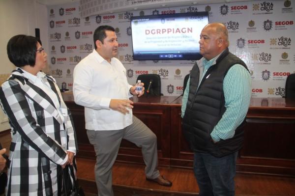 Prensa magnifica ataque a Oxxo en Coatza: Cisneros
