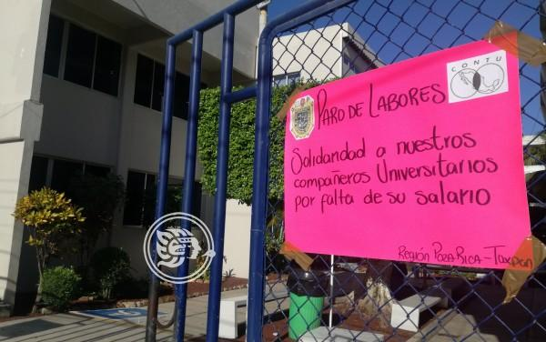 En Poza Rica, maestros de la UV se unen al paro