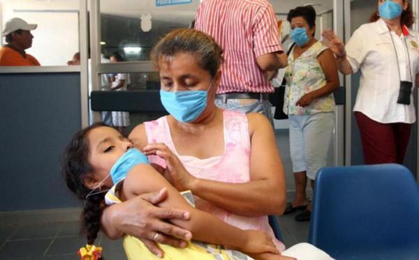 Se agrava crisis en Salud; suspenden campaña de vacunas