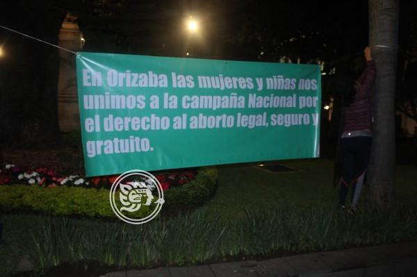 Denuncian activistas de Orizaba amenazas tras pañuelazo