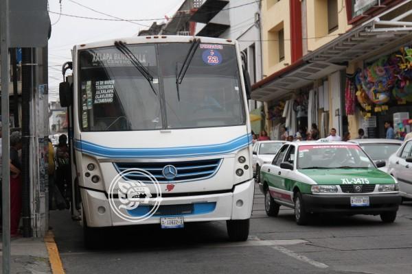 Va Xalapa por regulación de tarifas de estacionamientos