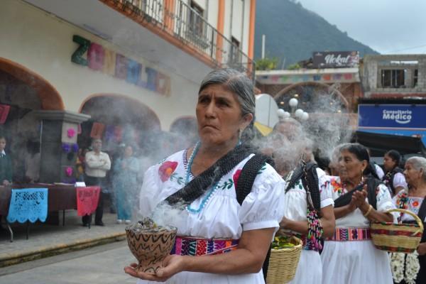 Inauguran el Tlasohkamati, festividad del Día de Muertos