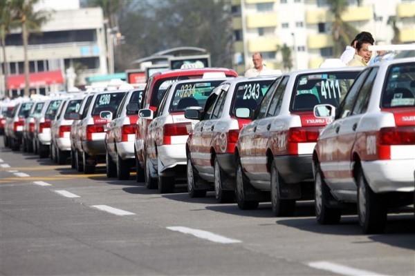 Taxistas exigen a Gobierno de Veracruz frenar competencia desleal de InDriver