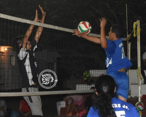 Cuervos y Banquea2 chocarán en voleibol Mixto Satelta