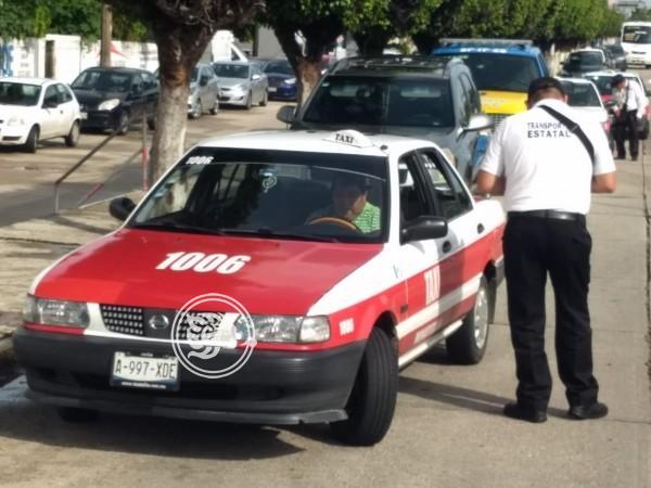 En operativo, suspenden 66 unidades en Minatitlán