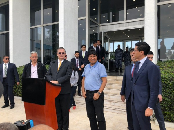 'Nos salvaron la vida': Evo Morales agradece asilo a México