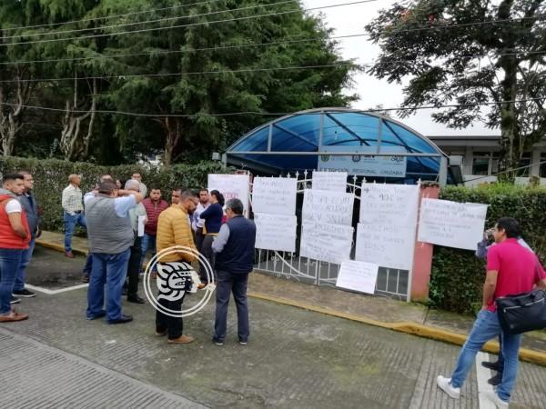 Nuevamente toman delegación de la SEV en Orizaba