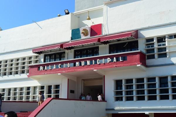Negocian deuda de Coatzacoalcos ante SHCP para no afectar al municipio
