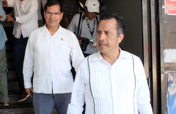 Veracruzanos, los encargados de aprobar o no al gobernador